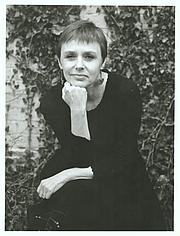 Kirjailijan kuva. Photo by Hayward Wilkerson