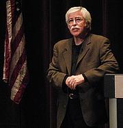 Foto de l'autor. Photo by Joe Mabel / Wikimedia Commons