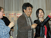 """Foto de l'autor. Korean writer, illustrator and publisher Ho Baek Lee at Göteborg Book Fair 2012 By BiblioteKarin - Own work, CC BY-SA 3.0, <a href=""""https://commons.wikimedia.org/w/index.php?curid=21791216"""" rel=""""nofollow"""" target=""""_top"""">https://commons.wikimedia.org/w/index.php?curid=21791216</a>"""