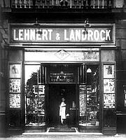Fotografia de autor. Lehnert & Landrock Bookshop, Cairo