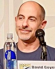 Forfatter foto. David Goyer at the 2013 San Diego Comic-Con International - photo by Sue Lukenbaugh
