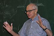 Forfatter foto. Uploaded to Wikipedia by Bogdan Oporowski.