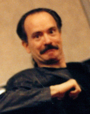 Foto do autor. Mark Gruenwald at a comic convention in NYC in the early 1990s, photo by Alex Louzupone