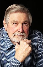 Forfatter foto. Forrest Webb (Robert Forrest-Webb)