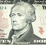 "Forfatter foto. Via <a href=""http://commons.wikimedia.org/wiki/Image:Hamilton_Alexander_Portrait_10_dollar_banknote.JPG"">Wikimedia Commons</a>"