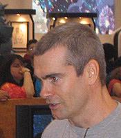 "Författarporträtt. San Diego Comic Con 2006<br>Copyright © 2006 <a href=""http://ronhogan.tumblr.com"">Ron Hogan</a>"