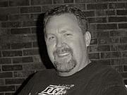 Kirjailijan kuva. Scott C. Holstad