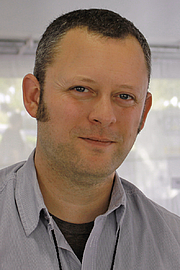 """Foto de l'autor. Author Benjamin Percy at the 2015 Texas Book Festival. By Larry D. Moore, CC BY-SA 4.0, <a href=""""https://commons.wikimedia.org/w/index.php?curid=44699682"""" rel=""""nofollow"""" target=""""_top"""">https://commons.wikimedia.org/w/index.php?curid=44699682</a>"""