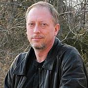 Kirjailijan kuva. Tim Waggoner