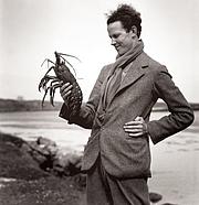 Kirjailijan kuva. John Lorne Campbell