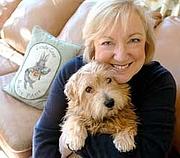 Forfatter foto. LindaLear.com