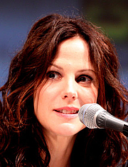 Forfatter foto. Mary-Louise Parker. Photo by Gage Skidmore.