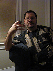 "Kirjailijan kuva. By Leonardo Ciampa ; - <a href=""http://www.leonardociampa.com/photoright.html"" rel=""nofollow"" target=""_top"">http://www.leonardociampa.com/photoright.html</a>, CC BY-SA 3.0, <a href=""https://commons.wikimedia.org/w/index.php?curid=1606049"" rel=""nofollow"" target=""_top"">https://commons.wikimedia.org/w/index.php?curid=1606049</a>"
