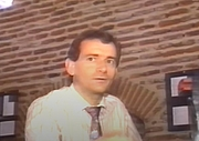 """Foto auteur. Philippe Autexier le 29 août 1991 lors d'une interview télévisée à l'occasion de la maniefstation """"Exposition Mozart et franc maçon à Cahors"""", France"""