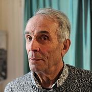 Författarporträtt. Alain Corbin en mai 2016 pour Le Média Le Maine, rubrique Livre à l'occasion d'un entretien pour la parution de son livre intitulé 'Le silence inspire la peur'
