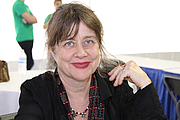 """Foto de l'autor. Poet Sheila Black at the 2017 Texas Book Festival in Austin, Texas, United States. Black is the author of over forty books for children and young adults. By Larry D. Moore, CC BY-SA 4.0, <a href=""""https://commons.wikimedia.org/w/index.php?curid=63928343"""" rel=""""nofollow"""" target=""""_top"""">https://commons.wikimedia.org/w/index.php?curid=63928343</a>"""