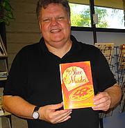 Kirjailijan kuva. Lesa's Book Critiques