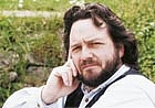"""Författarporträtt. <a href=""""http://www.gomer.co.uk/"""" rel=""""nofollow"""" target=""""_top"""">http://www.gomer.co.uk/</a>"""