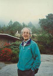 Fotografia dell'autore. Images of Henri Nouwen at Immaculate Heart Hermitage, Big Sur, California courtesy of The Henri J.M. Nouwen Archives and Research Collection, 