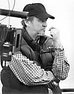 Kirjailijan kuva. Geoffrey Chandler