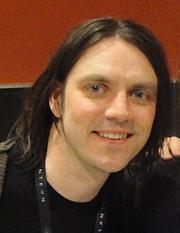 Författarporträtt. Quitely at the Boston Comic Con, May 1, 2011.