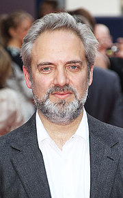 """Kirjailijan kuva. English stage and film director Sam Mendes during the Charlie and the Chocolate Factory the Musical opening night at Theatre Royal Drury Lane, London UK on 25 June 2013. By Richard Goldschmidt, CC BY 3.0, <a href=""""//commons.wikimedia.org/w/index.php?curid=27021152"""" rel=""""nofollow"""" target=""""_top"""">https://commons.wikimedia.org/w/index.php?curid=27021152</a>"""