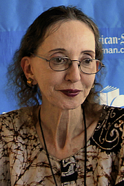 Fotografia dell'autore. Joyce Carol Oates at the 2014 Texas Book Festival, Austin Texas, United States. / Larry D. Moore