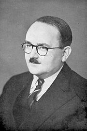 Kirjailijan kuva. Portrait of A. J. Arberry