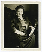 """Author photo. Courtesy of the <a href=""""http://digitalgallery.nypl.org/nypldigital/id?102851"""">NYPL Digital Gallery</a> (image use requires permission from the New York Public Library)"""