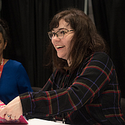 "Foto de l'autor. Kristen Gudsnuk at BookExpo at the Javits Center in New York City, May 2019. By Rhododendrites - Own work, CC BY-SA 4.0, <a href=""https://commons.wikimedia.org/w/index.php?curid=79387567"" rel=""nofollow"" target=""_top"">https://commons.wikimedia.org/w/index.php?curid=79387567</a>"