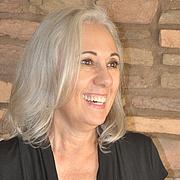 Kirjailijan kuva. Susan Spira/my photo