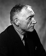 Kirjailijan kuva. Courtesy Wikipedia.