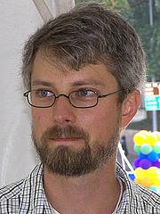 Författarporträtt. Credit: Larry D. Moore, 2007 Texas Book Festival, Austin, Texas