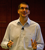 "Photo de l'auteur(-trice). Alexander Osterwalder at the Business of Software 2011 conference By Betsy Weber - <a href=""//c1.staticflickr.com/7/6106/6277568714_ba87de6e69_b.jpg"" rel=""nofollow"" target=""_top"">https://c1.staticflickr.com/7/6106/6277568714_ba87de6e69_b.jpg</a>, CC BY 2.0, <a href=""//commons.wikimedia.org/w/index.php?curid=72600439"" rel=""nofollow"" target=""_top"">https://commons.wikimedia.org/w/index.php?curid=72600439</a>"