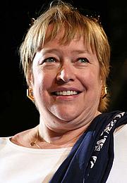 Fotografia de autor. Kathy Bates in 2006 [source: matteomerletto via Wikipedia]