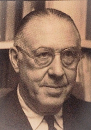 Forfatter foto. Thomas S. Kepler in home office 1961