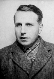 Forfatter foto. Georges Bataille vers 1943