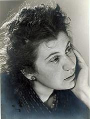 Author photo. Etty Hillesum in 1940 - Collectie Joods Historisch Museum