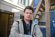 Autoren-Bild. Wimberg 2007. aasta maikuus Tartus Athena ees, Inno Tähismaa