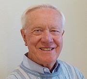 Kirjailijan kuva. Image from Stanford Home Page
