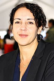 "Foto de l'autor. Author Angie Cruz at the 2019 Texas Book Festival in Austin, Texas, United States. By Larry D. Moore, CC BY-SA 4.0, <a href=""https://commons.wikimedia.org/w/index.php?curid=83465933"" rel=""nofollow"" target=""_top"">https://commons.wikimedia.org/w/index.php?curid=83465933</a>"