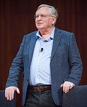 Foto del autor. From the MIT Obituary