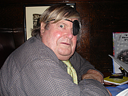 Kirjailijan kuva. Warren Hinckle in 2006 [credit: Sally Larsen]