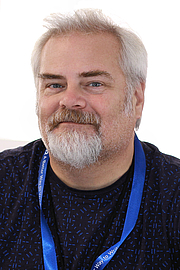"Foto auteur. Author Scott Von Doviak at the 2018 Texas Book Festival in Austin, Texas, United States. By Larry D. Moore, CC BY-SA 4.0, <a href=""https://commons.wikimedia.org/w/index.php?curid=74185352"" rel=""nofollow"" target=""_top"">https://commons.wikimedia.org/w/index.php?curid=74185352</a>"