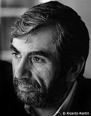 Kirjailijan kuva. Ricardo Martin
