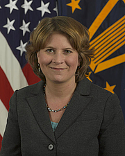 Fotografia de autor. U.S. Department of Defense portrait of Rosa Brooks