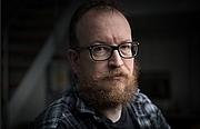"Kirjailijan kuva. <a href=""https://www.muchamore.com/faq"" rel=""nofollow"" target=""_top"">https://www.muchamore.com/faq</a>"