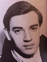 Författarporträtt. Photo from 1945 (Poetry since 1939, British Council)