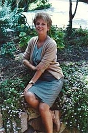 Författarporträtt. from the publisher's page