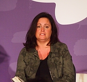 """Författarporträtt. reading at National Book Festival By Slowking4 - Own work, GFDL 1.2, <a href=""""https://commons.wikimedia.org/w/index.php?curid=62180141"""" rel=""""nofollow"""" target=""""_top"""">https://commons.wikimedia.org/w/index.php?curid=62180141</a>"""